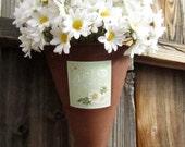 Wall Pocket - White Daisies  - Spring Summer