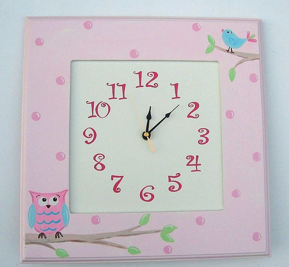 Clock for child or baby, owl and bird theme, pink