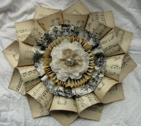 RESERVED FOR DOODYPOPS Paper Wreath Wallflower Vintage Sheet music and toile French Country Pale