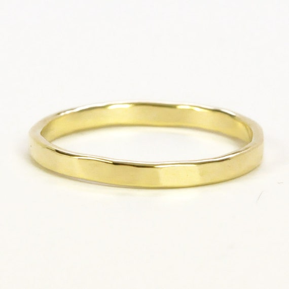 Yellow Gold 2mm Ring Faceted Texture 18K Wedding Band Or