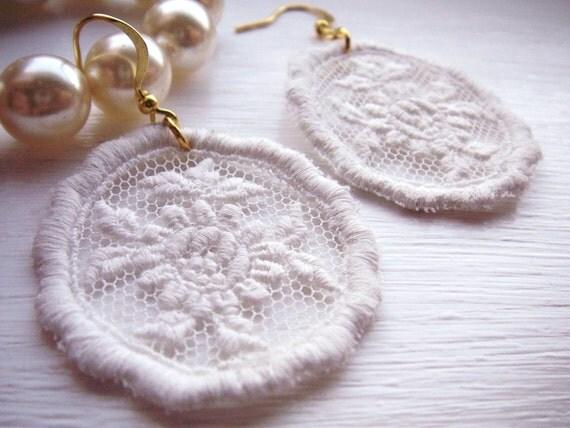 SALE - Vintage lace earrings