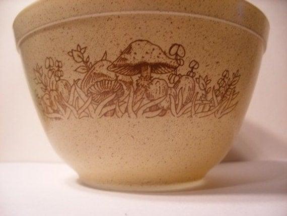 Vintage Pyrex Forest Fancies Mixing Bowl
