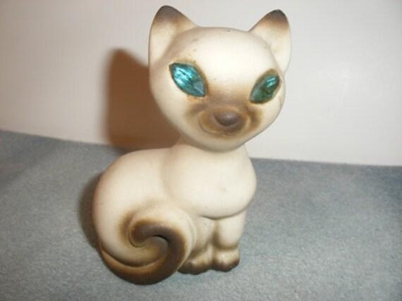 Vintage Siamese Cat Figurine with Blue Eyes