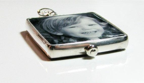 Silver Framed Custom Photo Pendant - Medium - FP2H