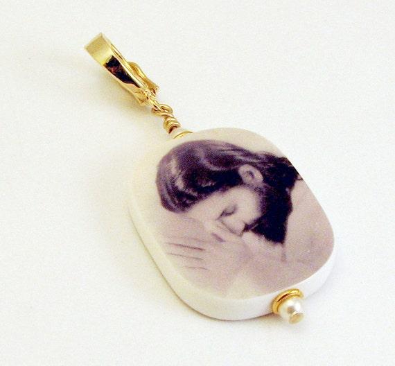 Gold Vermeil Edition Photo Pendant - Medium - P2RV