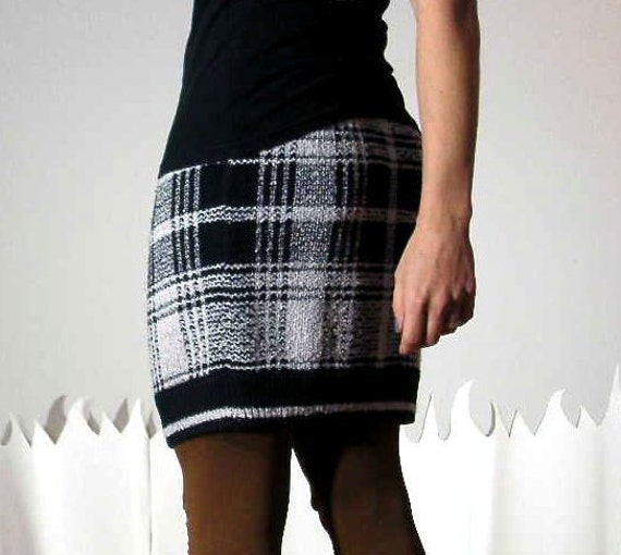 Upcycled sweater skirt fitted check print plaid white black large COSBY SKIRT
