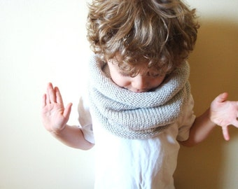 kids vegan friendly knit cowl in LINEN (hypoallergenic)
