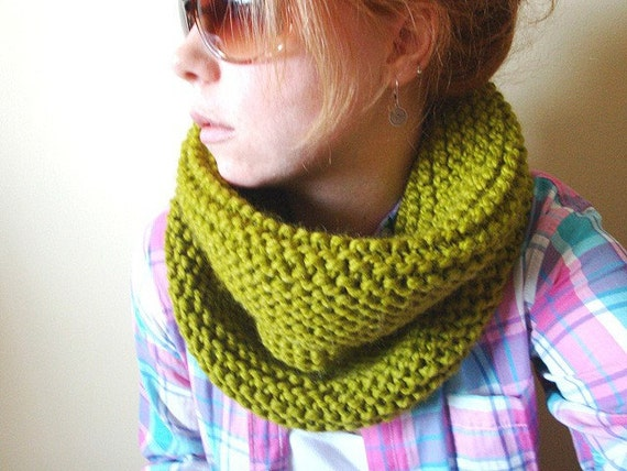 knit barrel cowl in CUSTOM COLOUR (wool blend)