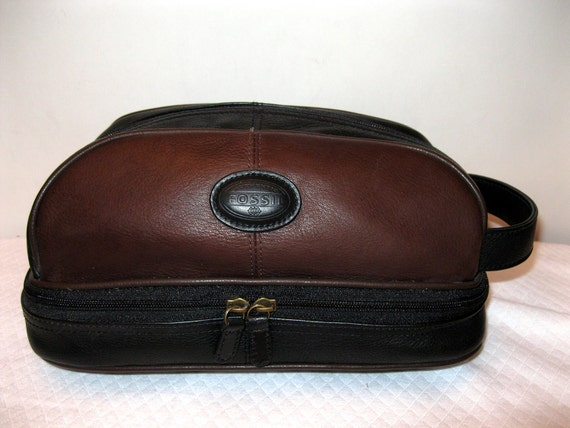 Fossil Genuine Leather Dopp Kit Toiletry Bag Make Up Bag