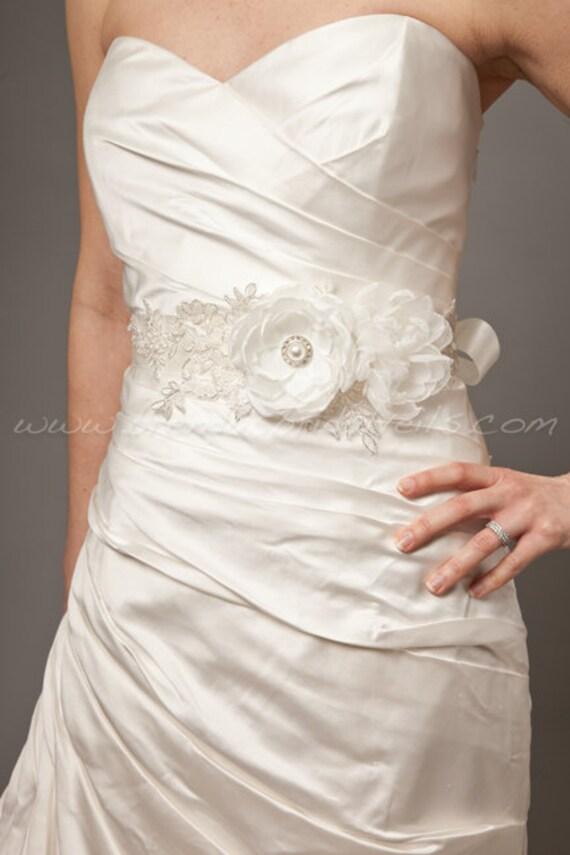 Flower and Lace Bridal Sash, Bridal Belt, Wedding Sash - Isabella Sash