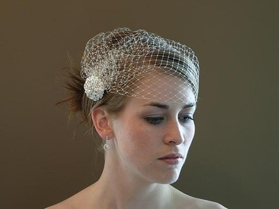 Cage-Cap Flapper Style Birdcage Veil with Rhinestone Brooch