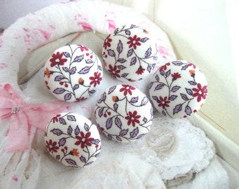 Handmade Country Sweet Purple White Pink Floral Flower Fabric Covered Buttons, Flower Fridge Magnets, Flat Backs, CHOOSE SIZE 5's