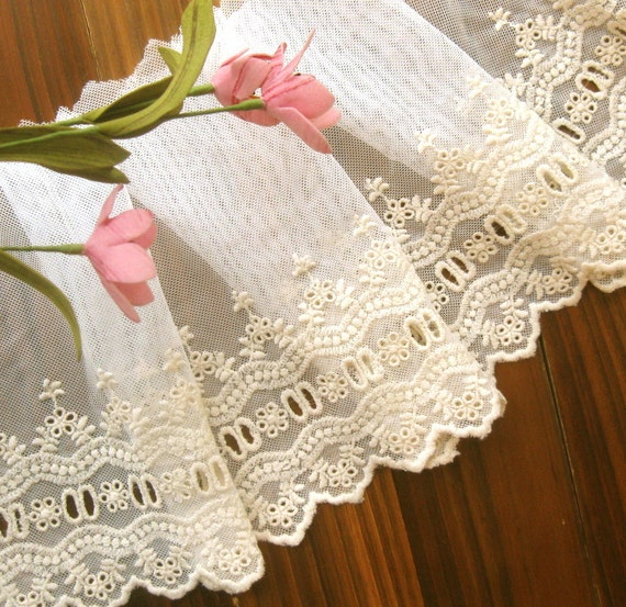 Lace Fabric Trim - Wide Retro Cream Flower Floral Scallop Eyelet Lace Fabric TRIM 6.5 Inches 1 Meter - Mille LAST