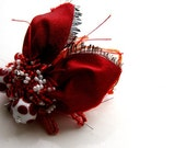 Valentine red beetle brooch/ beaded one-of-a-kind