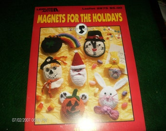 Fridgie Holiday Crochet Patterns Leaflet Magnets for the Holidays Leisure Arts 2875 Crochet Pattern