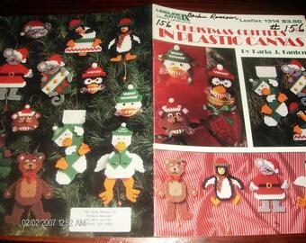 Squeeze Um' Patterns Christmas Critters Leisure Arts 1314 Fanton Plastic Canvas Pattern Leaflet