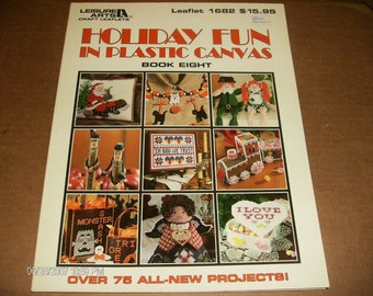 Plastic Canvas Patterns Holiday Fun in Plastic Canvas Book Eight Leisure Arts 1682 Plastic Canvas Pattern Leaflet