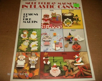Plastic Canvas Patterns More Holiday Magnets Leisure Arts 1138 Plastic Canvas Leaflet Dick Martin