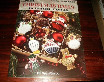 Christmas Plastic Canvas Patterns Christmas Balls Leisure Arts 1724 Plastic Canvas Pattern Sue Penrod
