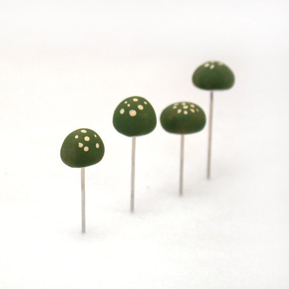 Forest Green Mushrooms Set of (4) Sewing Pins, Terrarium Decor, Pincushion Accessories Made To Order