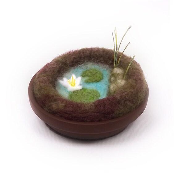 Mini Water Garden Pincushion - Home Decor Lily Pad Lotus Scene Wool Nature Display