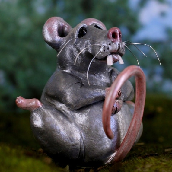 Mouse Sculpture, Grey rodent figurine, Rod the VERY full mouse