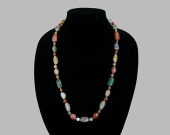 SALE 30% Off: Multicolor Polished AGATE NECKLACE Rich Earth Tones Mid Century