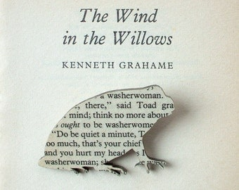 The Wind in the Willows - Toad brooch. Classic book brooches made with original pages.