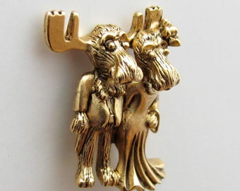Mr and Mrs Markie Moose tac pin gold finish