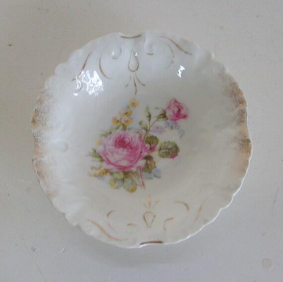 Vintage berry bowl pink roses embossed