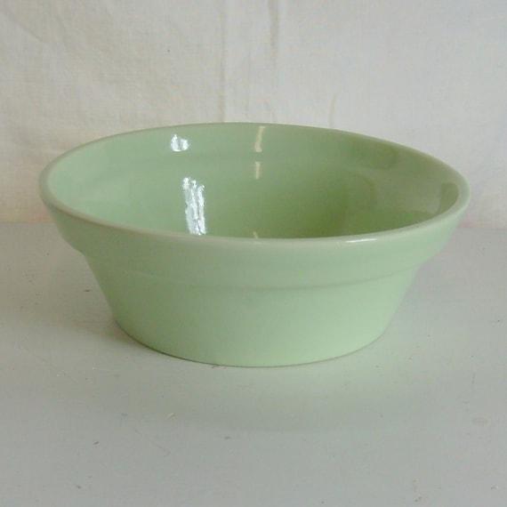 Vintage Haeger USA bowl or flower pot in celadon green