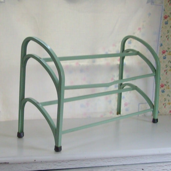 Vintage shoe rack metal mint jadeite green