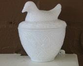 Vintage Milk Glass Bird Dish Bowl Avon Milkglass
