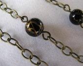 Elegant Black and Gold Vein Necklace