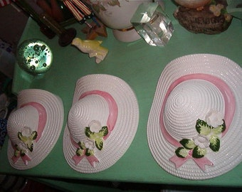 Vintage Shabby Chic 3 Ceramic Hats Wall Hangings Wall Pockets