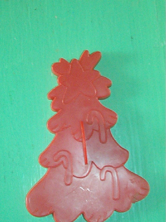 1978 Wilton Red Hard Plastic Christmas Tree Cookie Cutter