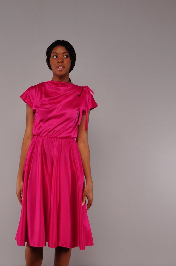 Vintage Fuchsia Dress // Draped Bodice // Full Skirt // M