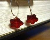 Flirty Poppy earrings - Sterling silver and red vintage czech glass flowers