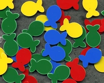 25 Plastic Fish in 4 bright colors for jewelry, assemblage, embellishment, collage, altered art, stitch markers etc.