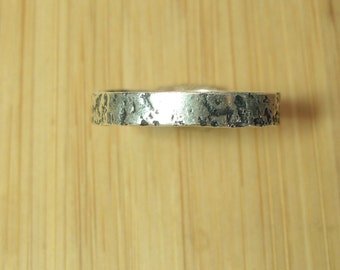 textured stackable ring size 7 1/2