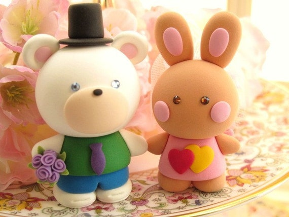 rabbit and bear Wedding Cake Topper-love bear and rabbit,bunny with sweet heart base---k961