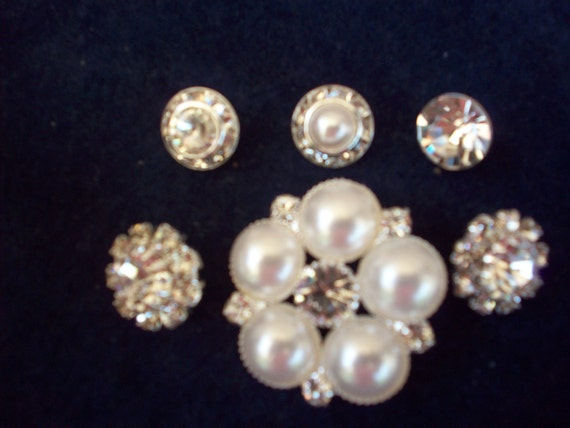 6 Glittery Rhinestone and Pearl Buttons,Shoe Clips,Necklaces,Earrings,Broach,Hats,Purses