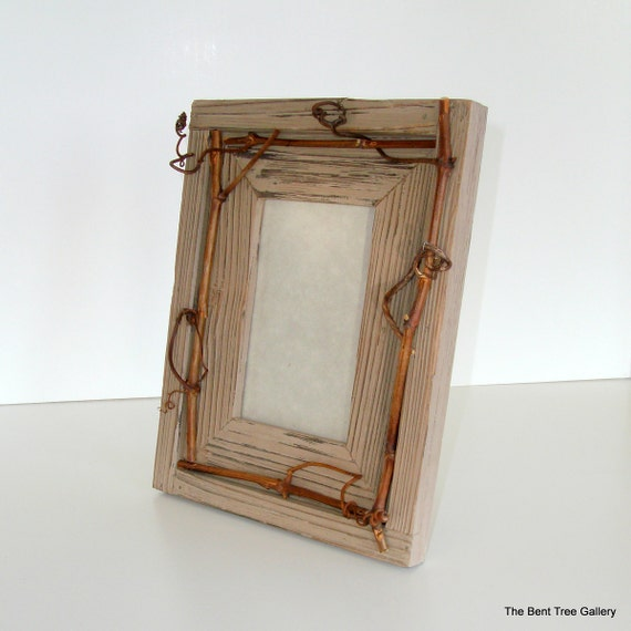 Barnwood Gray Picture Frame with Wild Grapevine Embellishment