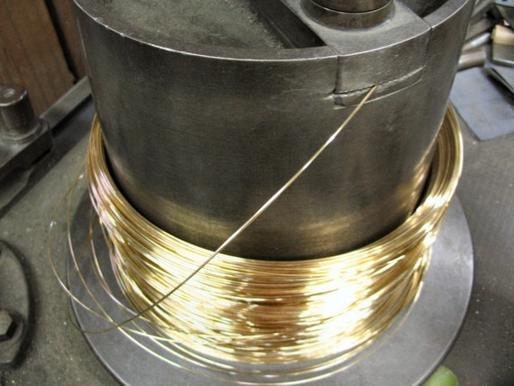 FREE SHIPPING 5 Ft 24g 14K Gold Filled  Round Wire HH (2.59/Ft Includes shipping)
