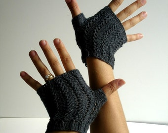Texting Fingerless Gloves Charcoal Grey Cotton Hand Knit