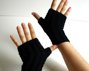 Off-Black  Cotton Texting Fingerless Gloves Hand Knit