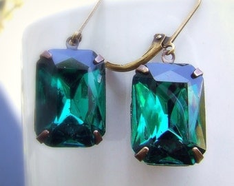 Envy- Emerald green Vintage glass jewel earrings, estate style, dark green, old hollywood, forest green