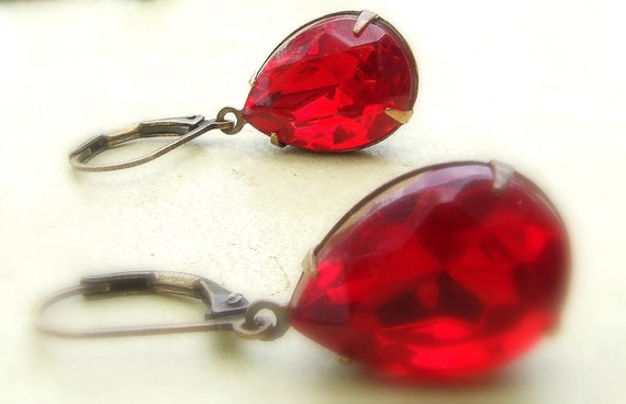 Vintage glass jewel earrings in antiqued brass, bright red, teardrop, pear shaped, blood orange