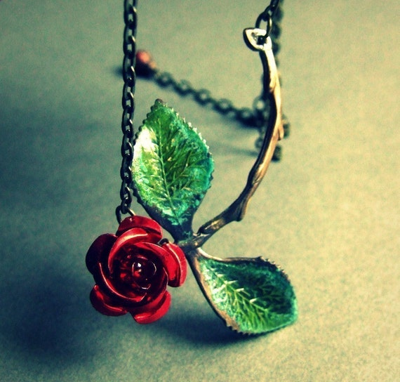 Organic stem and leaf  rose necklace, branch jewelry, vertigris green leaves, rose stem necklace, romantic, asymmetrical necklace