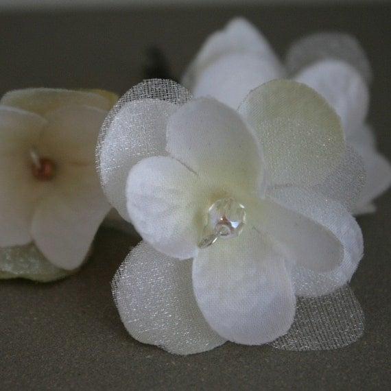 RESERVED cream hydrangea blossom hair BOBBY pin, fascinator